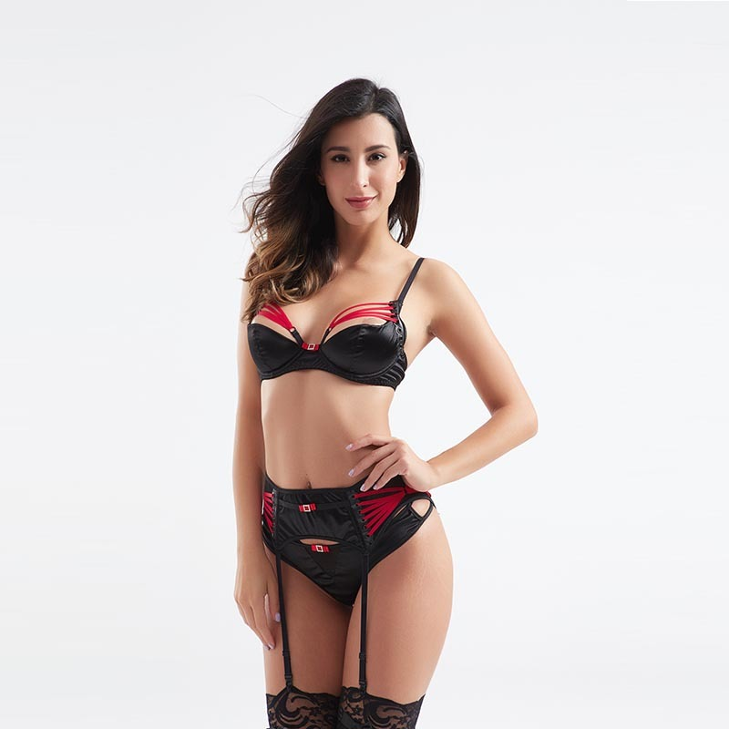 Fashionable sexy contrast color three-piece set garter underwear BSQ185